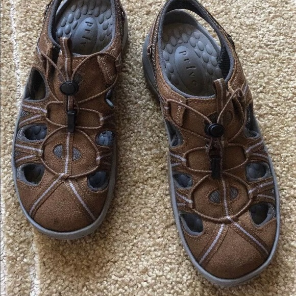 58a9b403b18 Clarks Privo Women Leather Sports Sandals Size 8.5.  M 5b149cae3c984431b9050e26